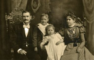 H_J-Whitley-with-wife-and-children2-1024x658