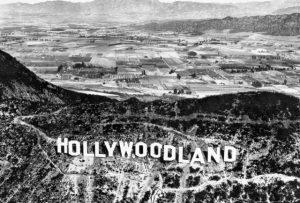 Hollywoodland_sign3